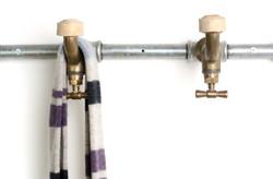 tap hanger