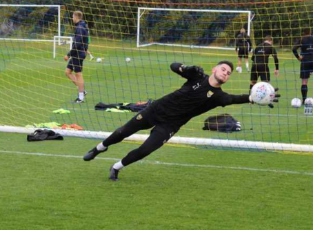 SECURED: 'Keeper Evans Joins The Robins On Short-Term Loan!