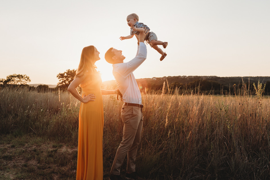 austin family photographer loves toddler sessions families and pets