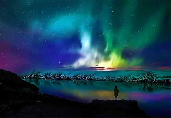 Northern-Lights_Reykjavik_Night.jpg