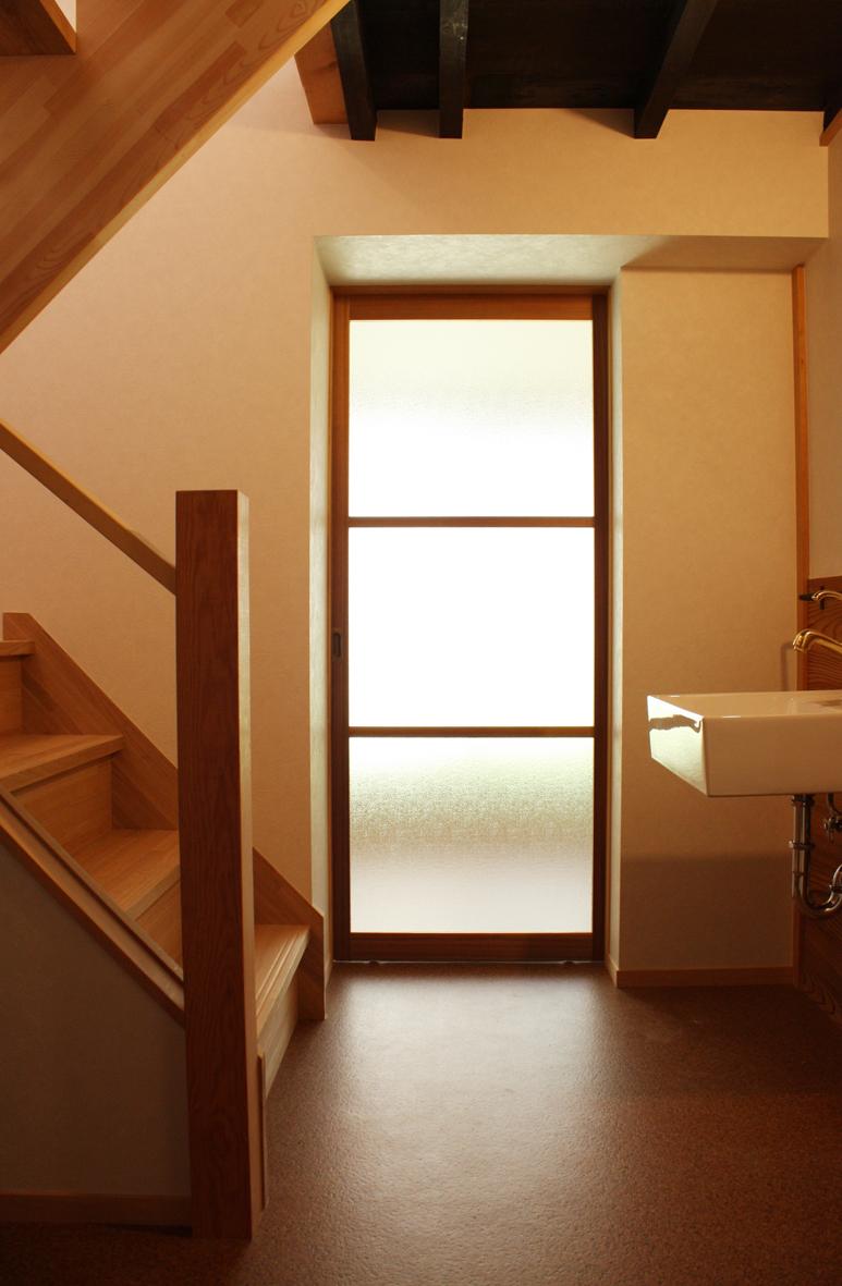 階段・洗面室