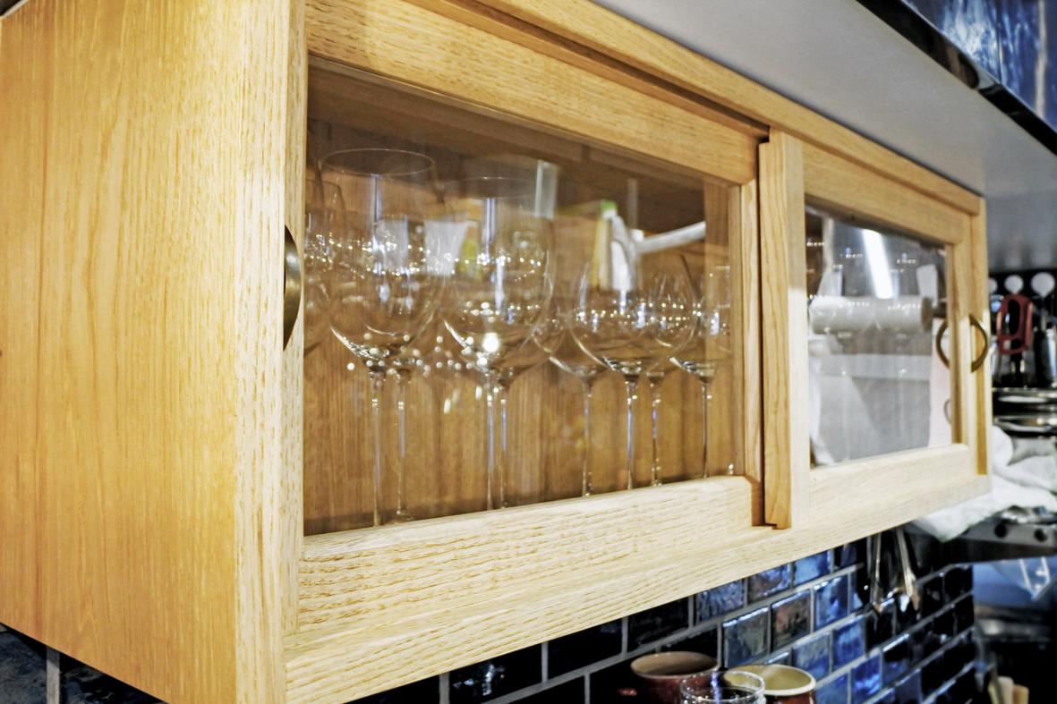 ワイングラス棚
