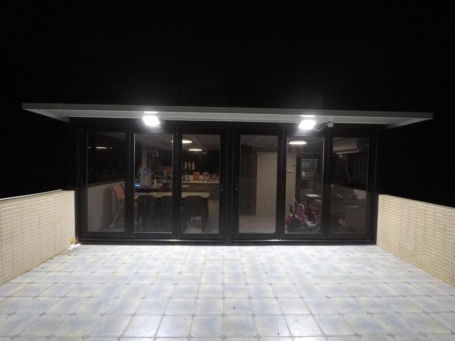 太陽能支架+玻璃屋-1.JPG