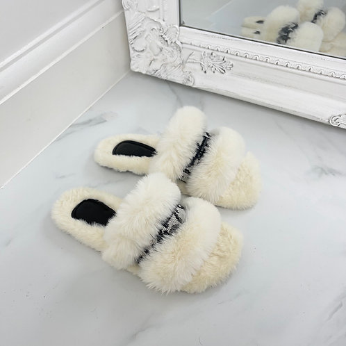 Tamara - Cream Fluffy D Print Slippers