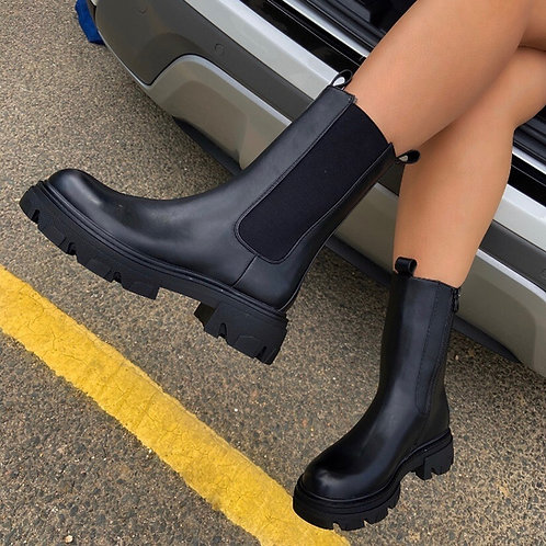 Perrie - Black Faux Leather With Elasticated Gusset Mid Length Boots