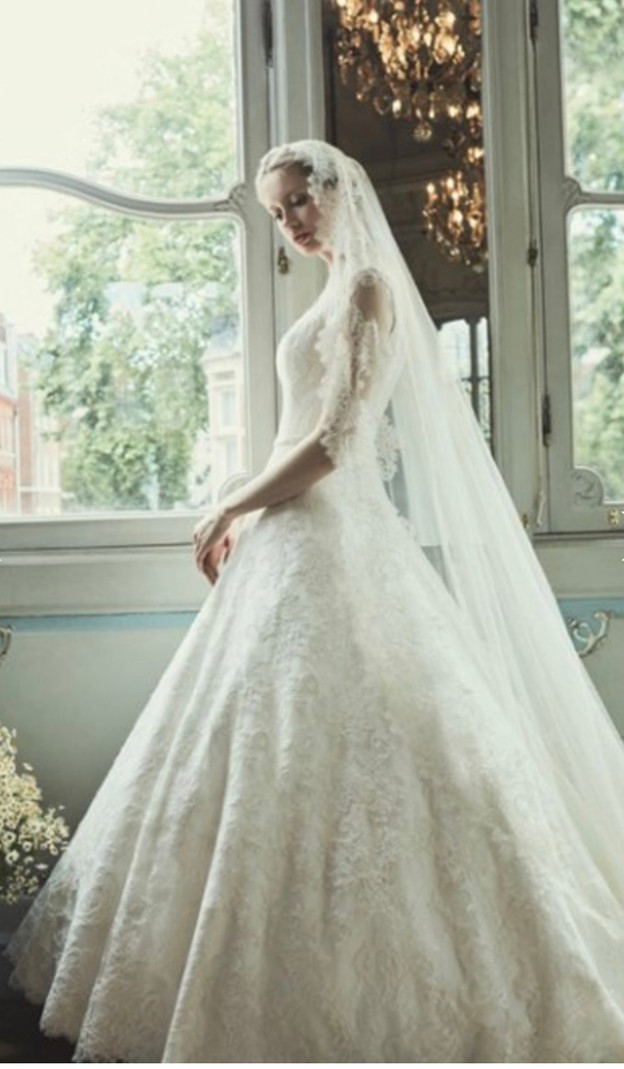 Spotlight on luxury wedding dress designer: Phillipa Lepley
