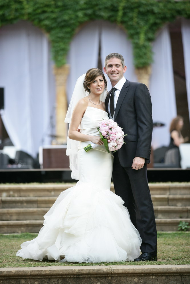 Vera Wang gown for the lovely bride