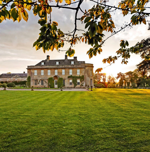 Top 5 luxury UK wedding venues