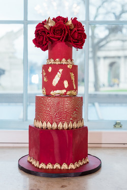 Red & Gold wedding cake