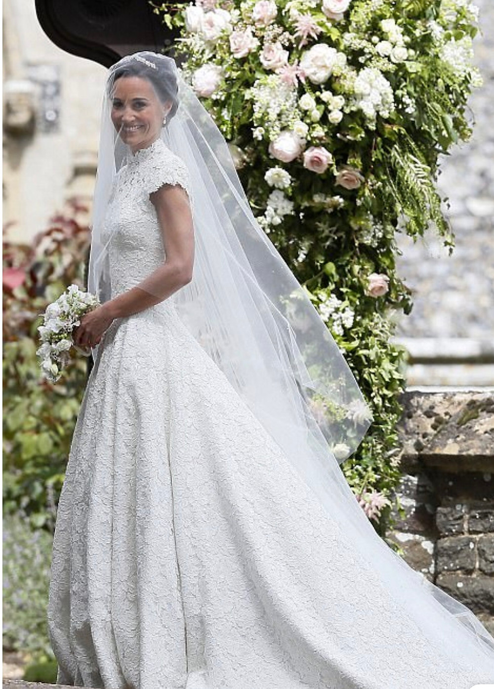 Pippa Middleton wedding dress, bridal gown, Giles Deacon