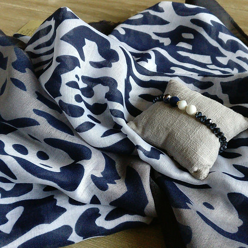 Sjaal dierenprint donkerblauw + gratis handgemaakt bijpassend armbandje