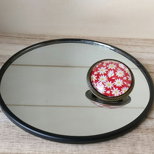 Broche rond rood