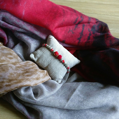 Sjaal van rood naar beige + gratis handgemaakt bijpassend armbandje