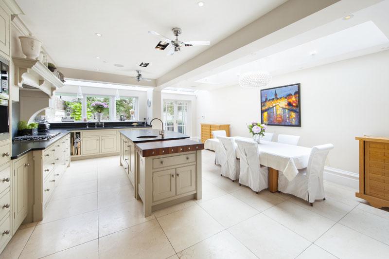 London house - kitchen