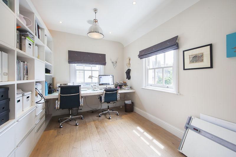 London house - office