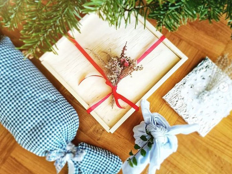 Eco-friendly gift wrap alternatives