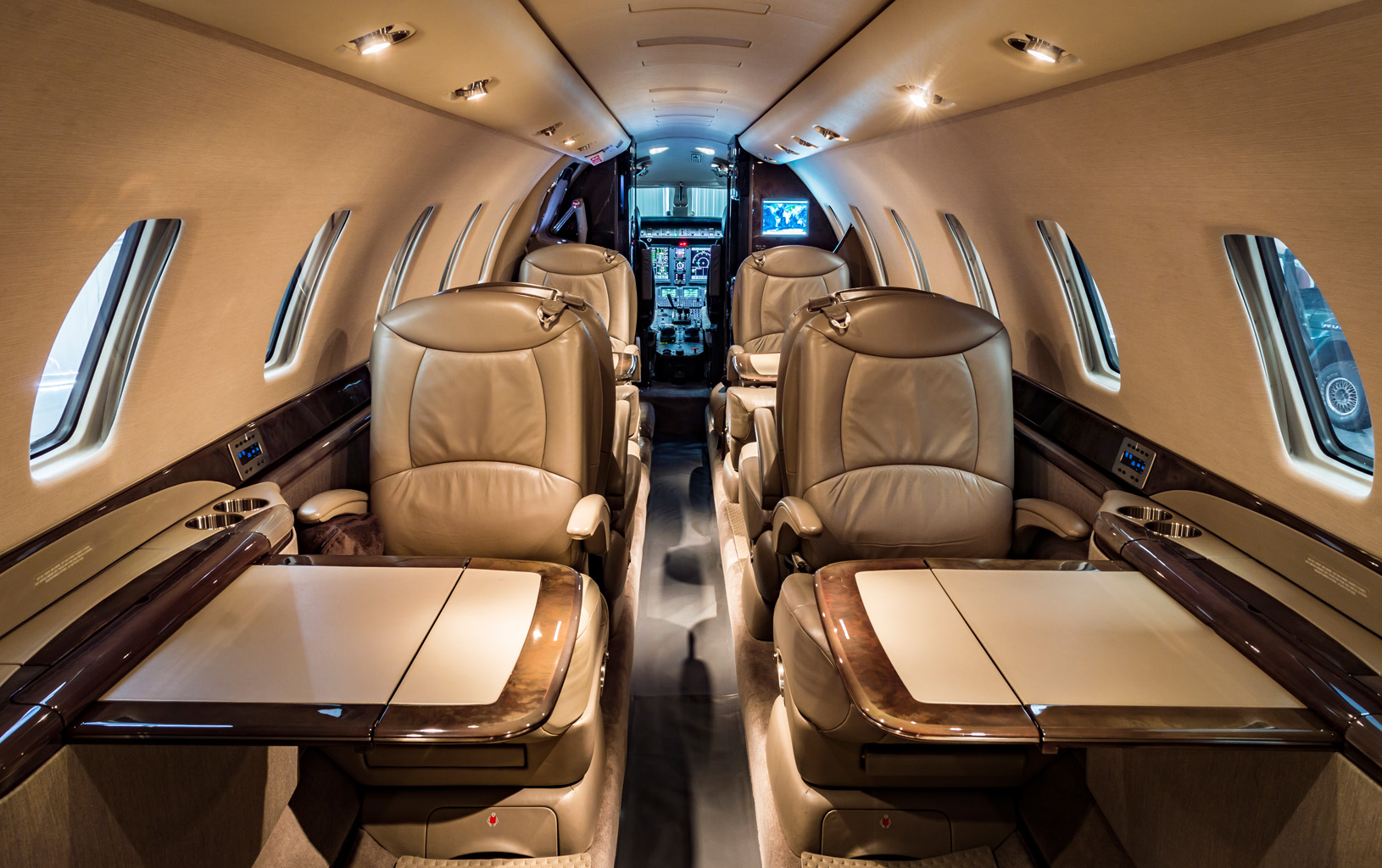 Sovereign 231 interior