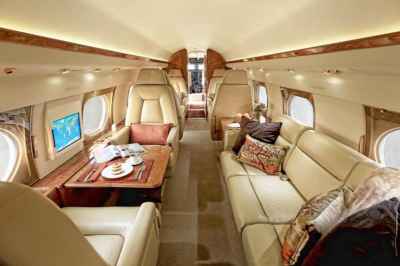 Gulfstream GIV cabin