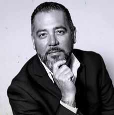 the defensor de la salsa angelito rodriguez is the radio host and MC for sabor latino
