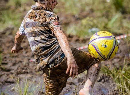 Открытый Кубок России по футболу на болоте 17 июня 2017 года