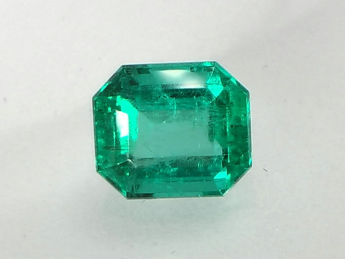 Natural top green Emerald 2.11 Ct from Colombia