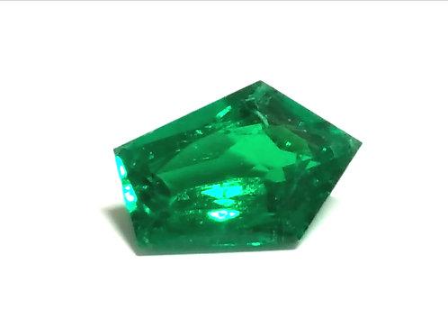 GRS INSIGNIFICANT 3.36 ct Muzo Emerald Colombia