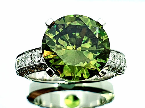 Exclusive 8.20 cts Demantoid Garnet & Diamond 18 K WG, Ring