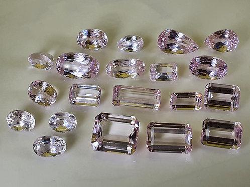 350 carats, Natural Kunzite gemstone