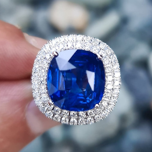 SSEF AND GIA CERTIFIED 9 CARAT BLUE SAPPHIRE AND DIAMOND RING