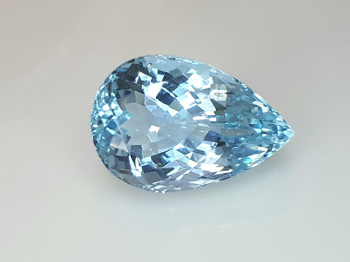 7.60 ct Natural Aquamarine pear cut vs loose gemstone from Brazil