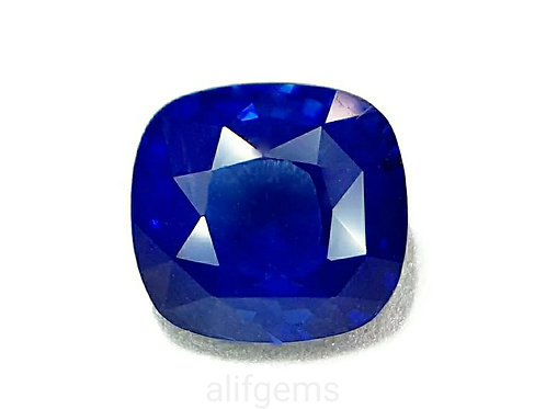 Nice 4.13 ct GIA certified Natural Blue Sapphire cushion shape gemstone