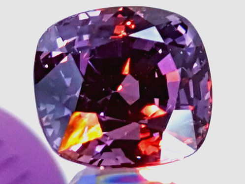 8.41 CTs GIA Certified Color Change Spinel  from Mahenge tanzania