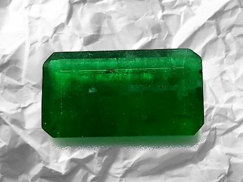US $ 380 P/C, 8.50 carat Natural Emerald vivid green oiled only