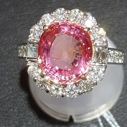5.06 ct GRS certified Padparadscha Sapphire and Diamond Ring