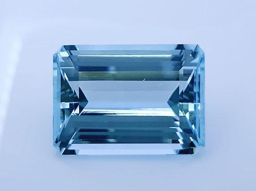 42.25 carats Natural Aquamarine Santa Maria from Brazil