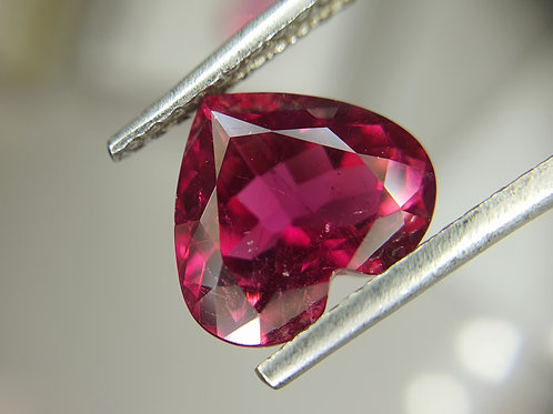 Fine Heart Shape 4.30 carats Rubellite Tourmaline