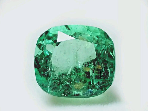 4.6 ct Natural Emerald from colombia