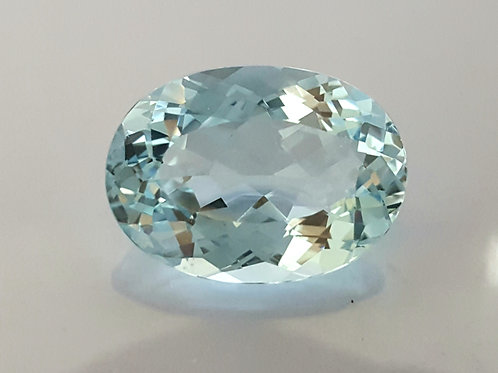 17.98 ct Natural Aquamarine from Mozambique