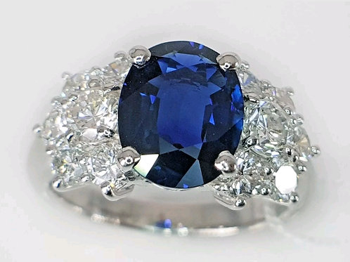Engagement ring Royal Blue Sapphire 2.26 ct and Diamond 1.23 ct