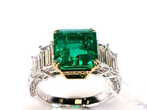 Magnificent 6.29 Ct GRS 	CE(O): Minor Natural Emerald and Diamond Ring