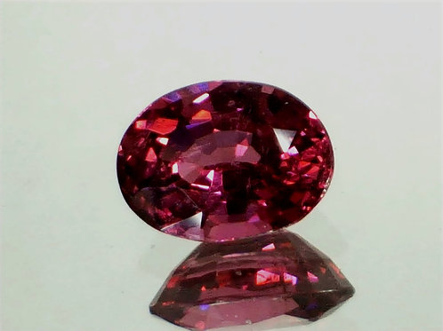 Natural 2.57 carats, Pinkish Red Spinel oval
