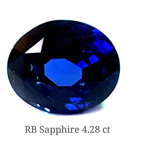 4.28 cts Flawless Royal Blue Sapphire Sri Lanka