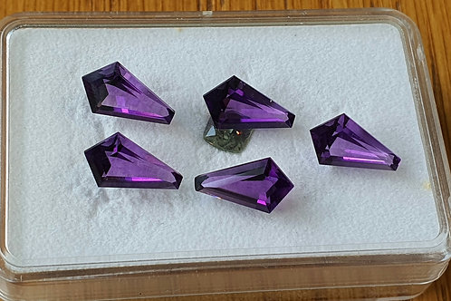 Natural Amethyst 8.25 carat fine Lot from Brazil