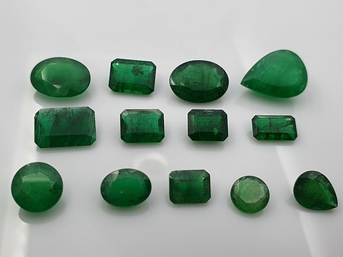 Wholesale USD 199 /PC Natural Emerald 29.90 carat green 13 Pcs 1 to 6 Ct