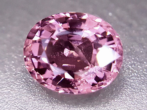 Natural 2.48 ct pink Spinel from Tanzania