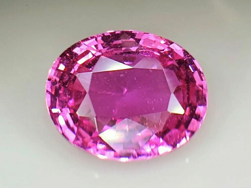 US $1600 PC / 3.55 carat No Heat Pink Sapphire 8.5 x 10 mm