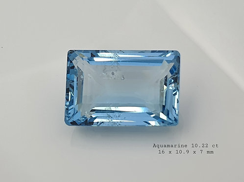 US $110/CT, Natural Aquamarine 10.20 ct gemstone