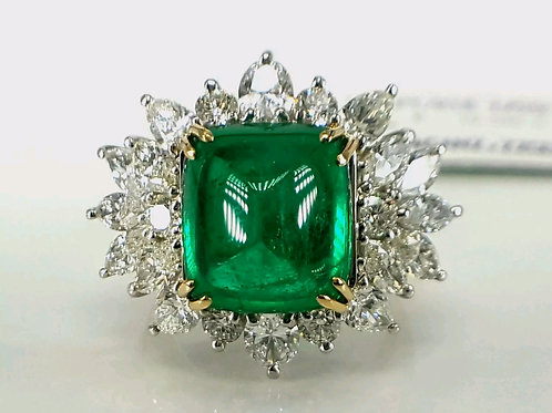 Luxury 14.10 ct Sugar Loaf Colombian Emerald and Diamond Ring