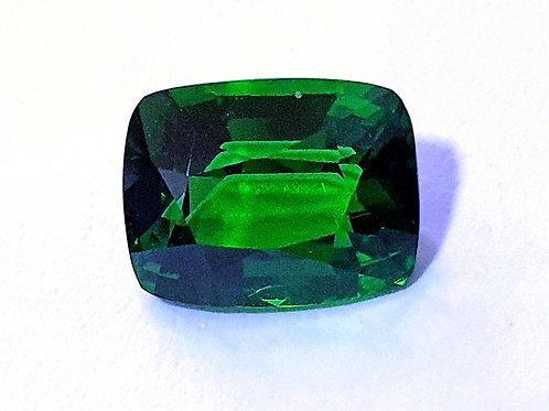 2.56 ct Tsavorite Garnet vivid Green 9.1 x 7.8 mm from Kenya