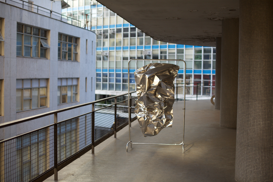 Suspended Body | 2018 | Aluminum Structure and industrial sheet | 200 x 140 x 30cm